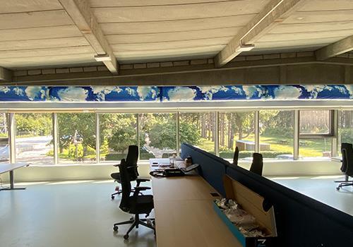 Textielkanaal met Prihoda Art in kantoor